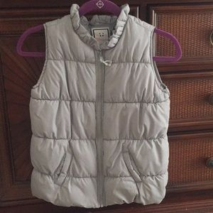 Gymboree girls puffer vest